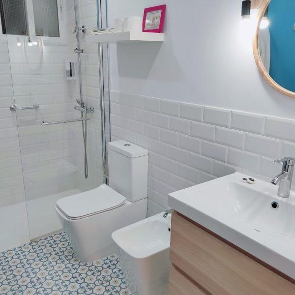 bano_apartamento_planta_baja_jardin_hotel_rodeiramar