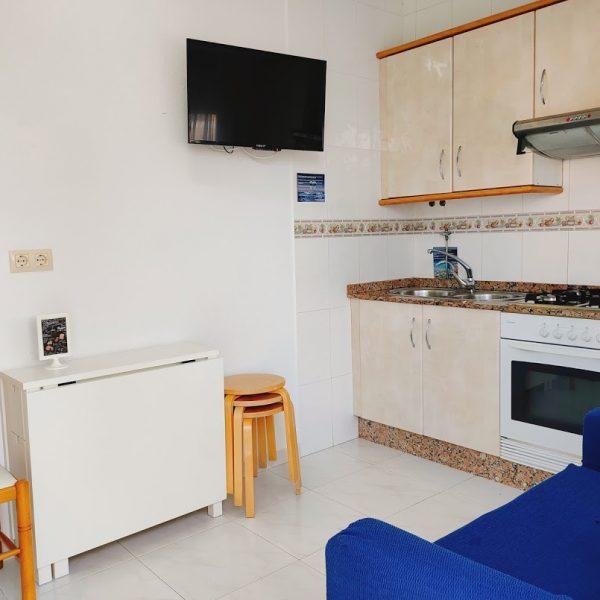 cocina_apartamento_jardin_Hotel_Rodeiramar