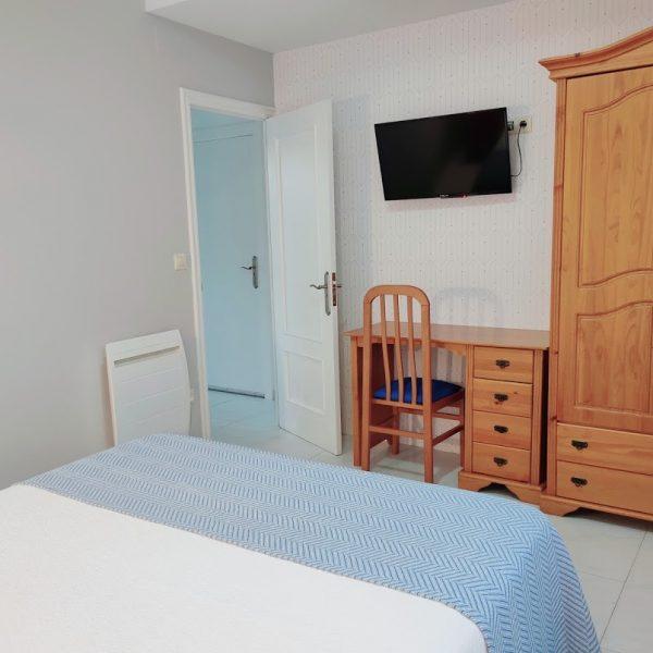 dormitorio_apartamento_jardin_hotel_Rodeiramar